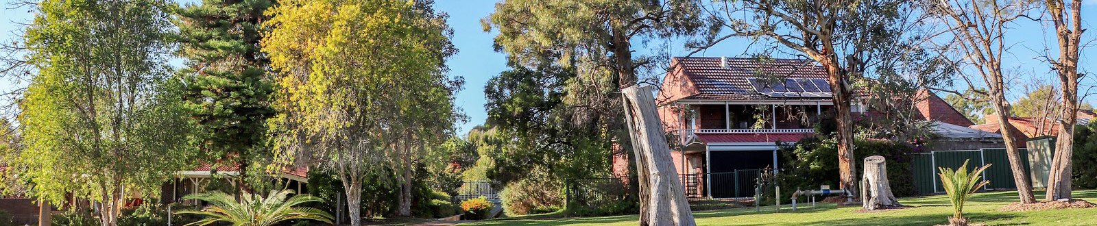 Crestwood Estate Park